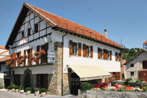 Hostal rural y Restaurante Casa Sario, Jaurrieta, valle de Salazar, Navarra